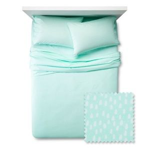 NEW Pillowfort Mint Mini Dots Sheet Set